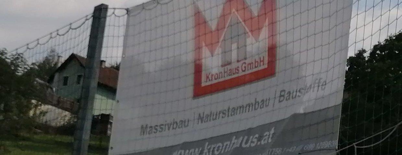 Werbetransparente der Firma KronHaus GmbH