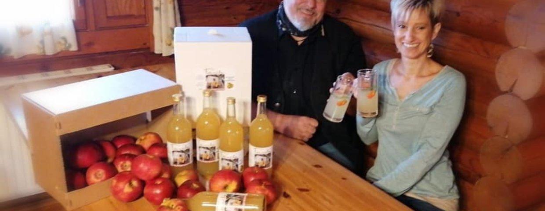 Apfelsaft vom Blockhausheurigen Posch mit Äpfel aus Zöbern, gepflückt von unseren Nachwuchs